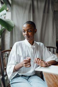 Дамски блузи 1 - бяла